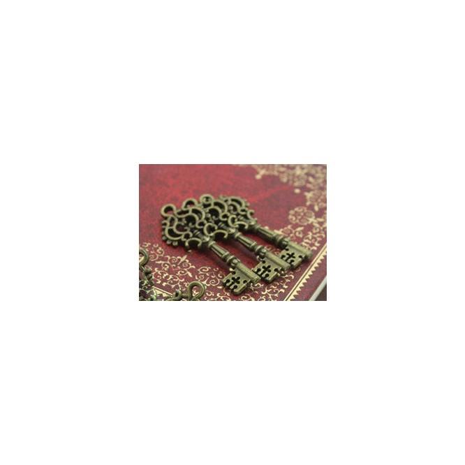 Vintage Bronze Metal Key 12x32mm