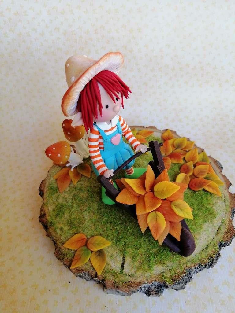 Σεμινάριο στις Μορφές, Μικρός Κηπουρός από πολυμερικό πηλό πάνω σε κορμό δέντρου (Διήμερο) με την Βάσω Τέγου